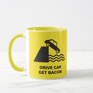 Caneca Carro da movimentação - obtenha o bacon