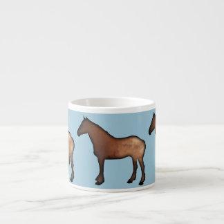 Caneca cerâmica do café dos cavalos dourados