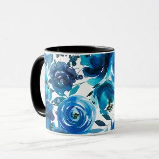 Caneca Chique elegante das flores florais azuis do índigo