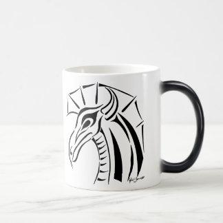 Caneca com crista do dragão
