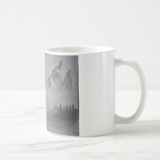Caneca com montanhas