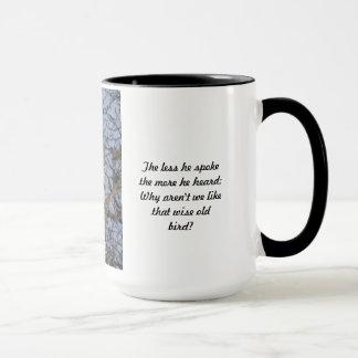 Caneca Copo velho sábio da coruja - menos falou o copo