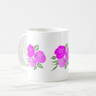 Caneca cor-de-rosa brilhante dos rosas