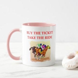 Caneca corrida de cavalos