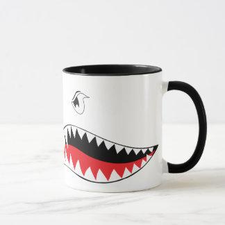 Caneca da boca do tubarão