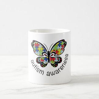 Caneca da borboleta da consciência do autismo