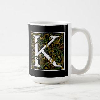 Caneca da cor do monograma K