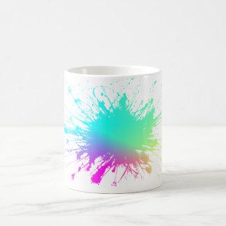 Caneca da explosão da cor. As cores!