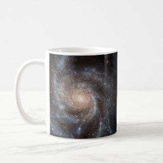 Caneca da galáxia espiral (M101)