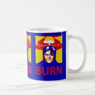 """Caneca da """"queimadura"""" de Bannon"""
