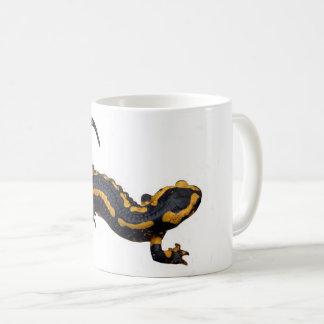Caneca da salamandra de fogo