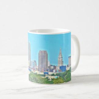 Caneca da skyline do Wraparound de Cleveland, Ohio