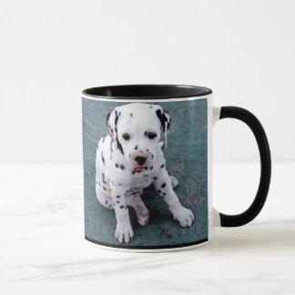 Caneca Dalmatian do filhote de cachorro