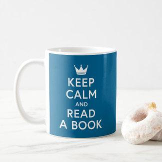Caneca De Café A cor editável Bookish mantem a calma e lê um