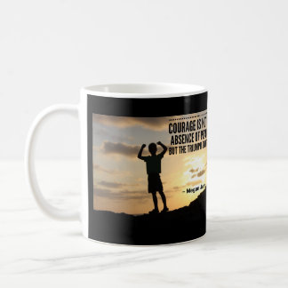 Caneca De Café A coragem é o triunfo & OIT é sobre a vida
