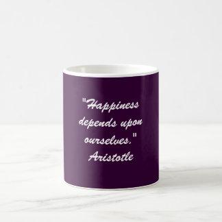 """Caneca De Café A """"felicidade depende em cima de nos. """""""