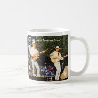 Caneca De Café A mostra dos irmãos de Taylor