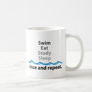 Caneca De Café A natação, come, estuda, dorme… lavagem e