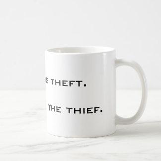 Caneca De Café A tributação é roubo. O estado é o ladrão