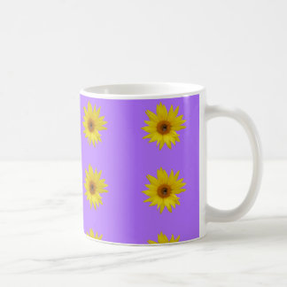 Caneca De Café Abelha no girassol amarelo no roxo
