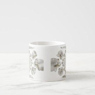 Caneca de café abstrata do café da orquídea