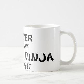 Caneca De Café Advogado Ninja mortal em a noite