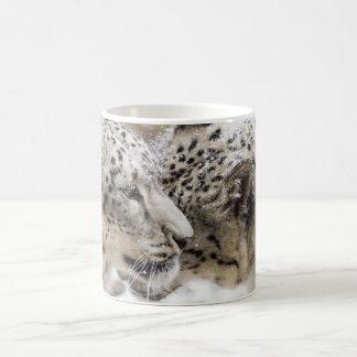 Caneca De Café Afago do leopardo de neve