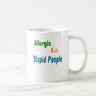 Caneca De Café Alérgico às pessoas estúpidas