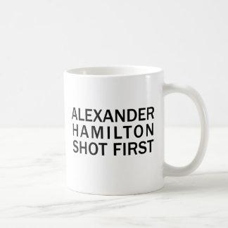 Caneca De Café Alexander Hamilton disparou primeiramente - no