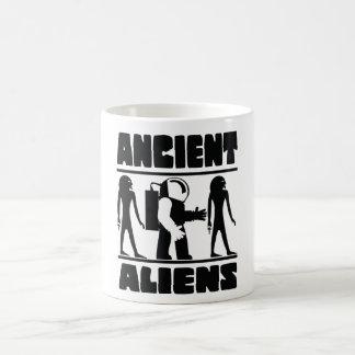 Caneca De Café Aliens antigos