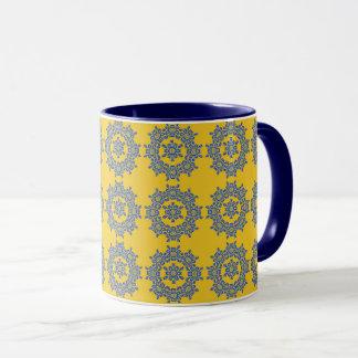 Caneca de café amarela & azul retro do azulejo da