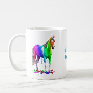Caneca De Café Arco-íris colorido que goteja o cavalo molhado da