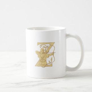 Caneca De Café Arqueiro medieval que aponta o desenhar da letra Z