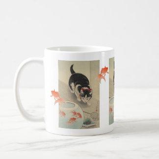 Caneca De Café Arte japonesa da bacia do gato e do peixe dourado