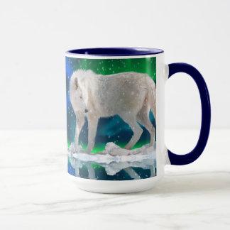 Caneca de café ártica da arte do lobo, da Aurora &