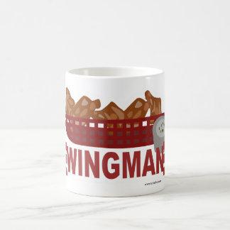 Caneca De Café As forças armadas do Wingman olham o slogan da