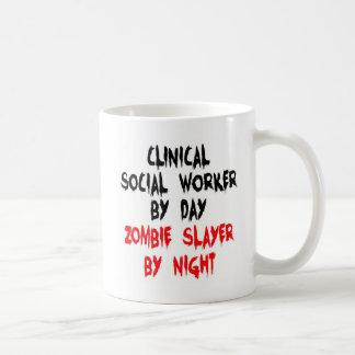 Caneca De Café Assassino clínico do zombi do assistente social