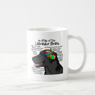 Caneca De Café Atlas preto do cérebro de Labrador