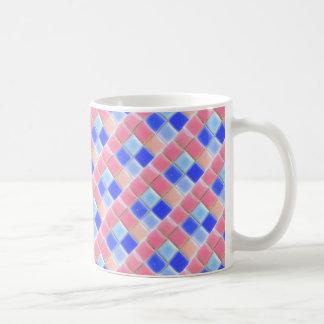 Caneca de café azul cor-de-rosa dos azulejos do