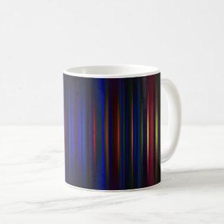 Caneca De Café Azul e teste padrão borrado vermelho das listras