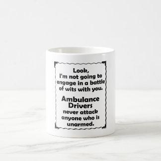 Caneca De Café Batalha do motorista da ambulância das sagacidades