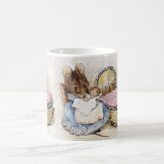 Caneca De Café Beatrix Potter, rato de Momma e bebês