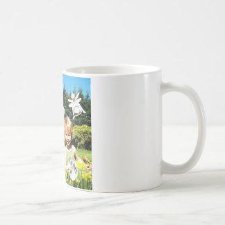 Caneca De Café Beba seu leite da amêndoa e pense dos prados