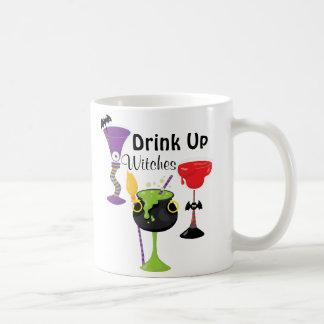 Caneca De Café Bebida acima das bruxas