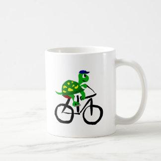 Caneca De Café Bicicleta engraçada da equitação da tartaruga