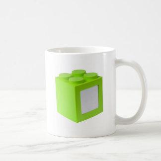 Caneca De Café Bloco de apartamentos verde com copyspace