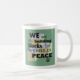 Caneca De Café Blocos da construção da paz do mundo