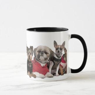 Caneca de café bonito dos amigos do cão