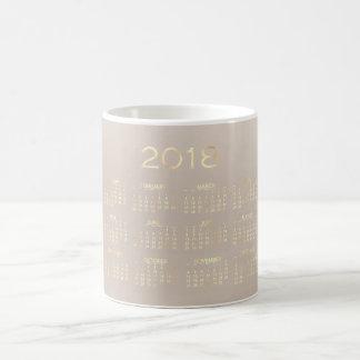 Caneca De Café Branco 2018 bege cremoso do ouro do marfim do