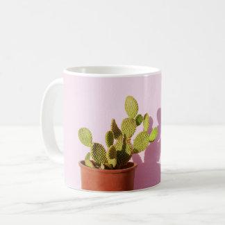 Caneca De Café Cacto verde em um flowerpot